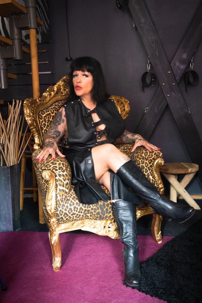 Domina Lady Ronja